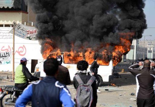 قتيلا الاشتباكات ببورسعيد وانتشار وحدات