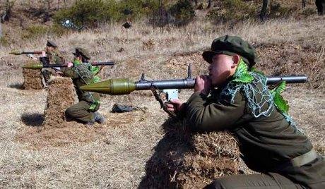 كوريا الشمالية تهدد بضرب أهداف
