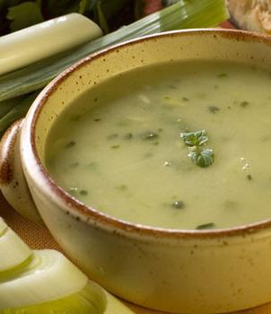 طريقة تحضير حساء الكراث والبطاطا