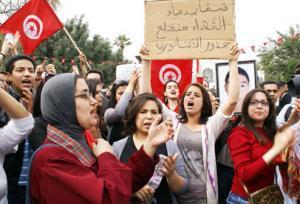 تونسي يهتدي بالتجربة المصرية المعارضة