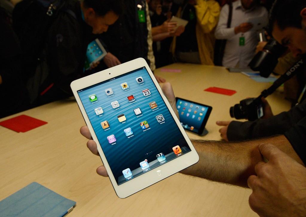 مدينة أنجلس تقرر توزيع iPad