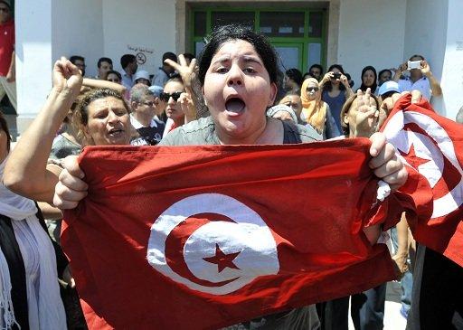 تونس تشيع البراهمي نائبا التأسيسي