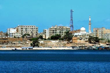 البحث الجنائي بطبرق يقبض مصري